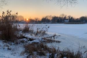 Kruszwica o zachodzie słońca - 12