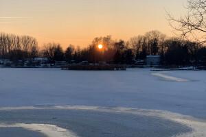 Kruszwica o zachodzie słońca - 14