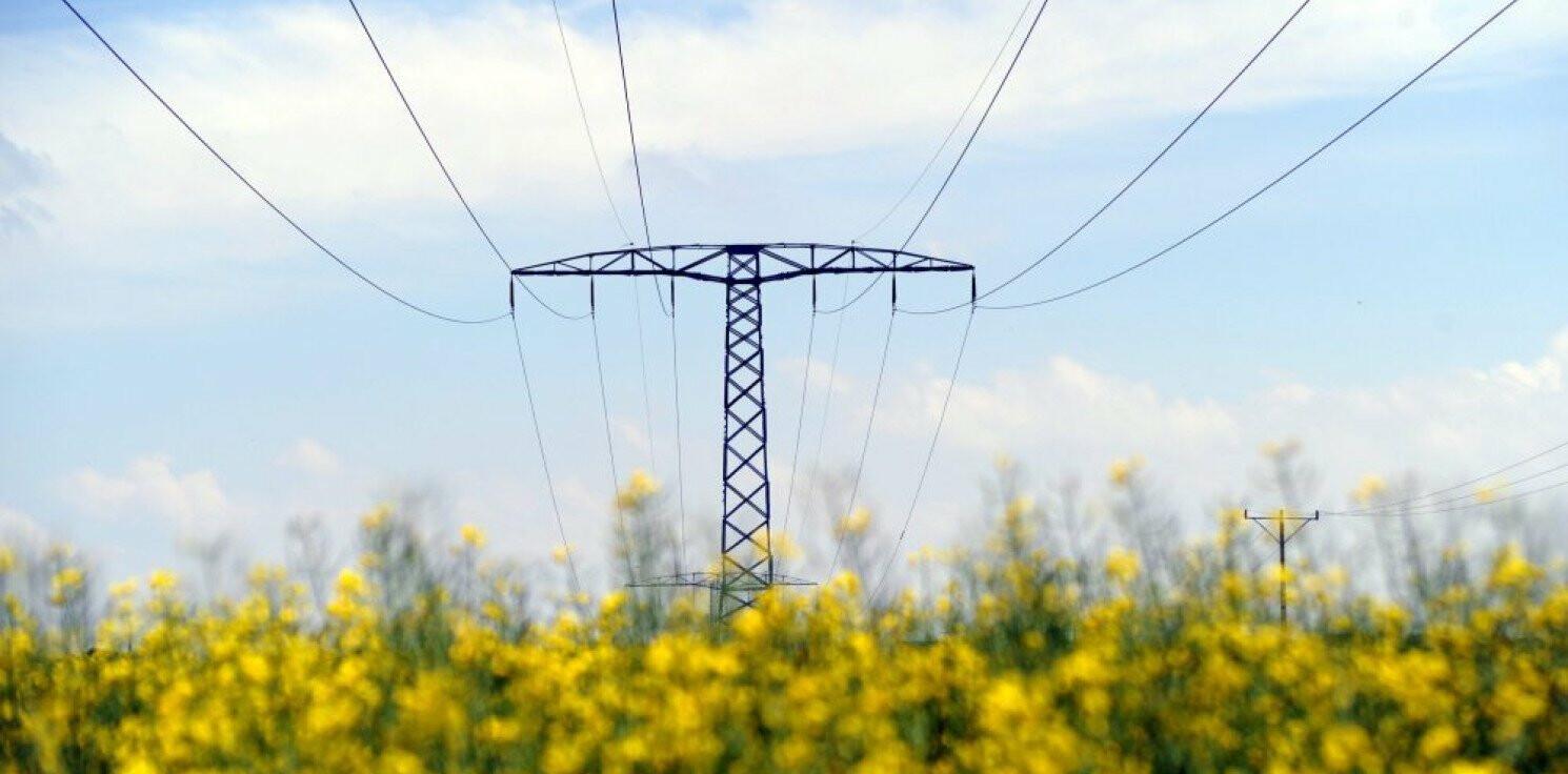 Kraj - URE: rachunki za prąd gospodarstw domowych w 2012 r. o 9-10 proc. w górę