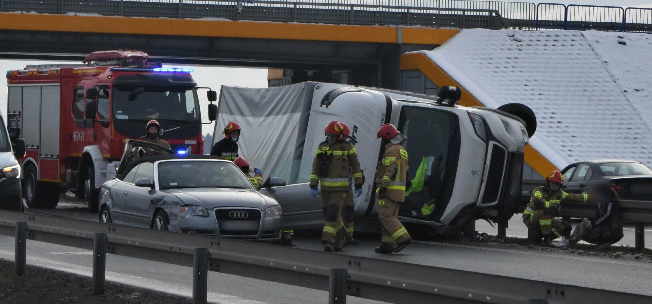 Inowrocław - Wypadek na obwodnicy. Droga zablokowana