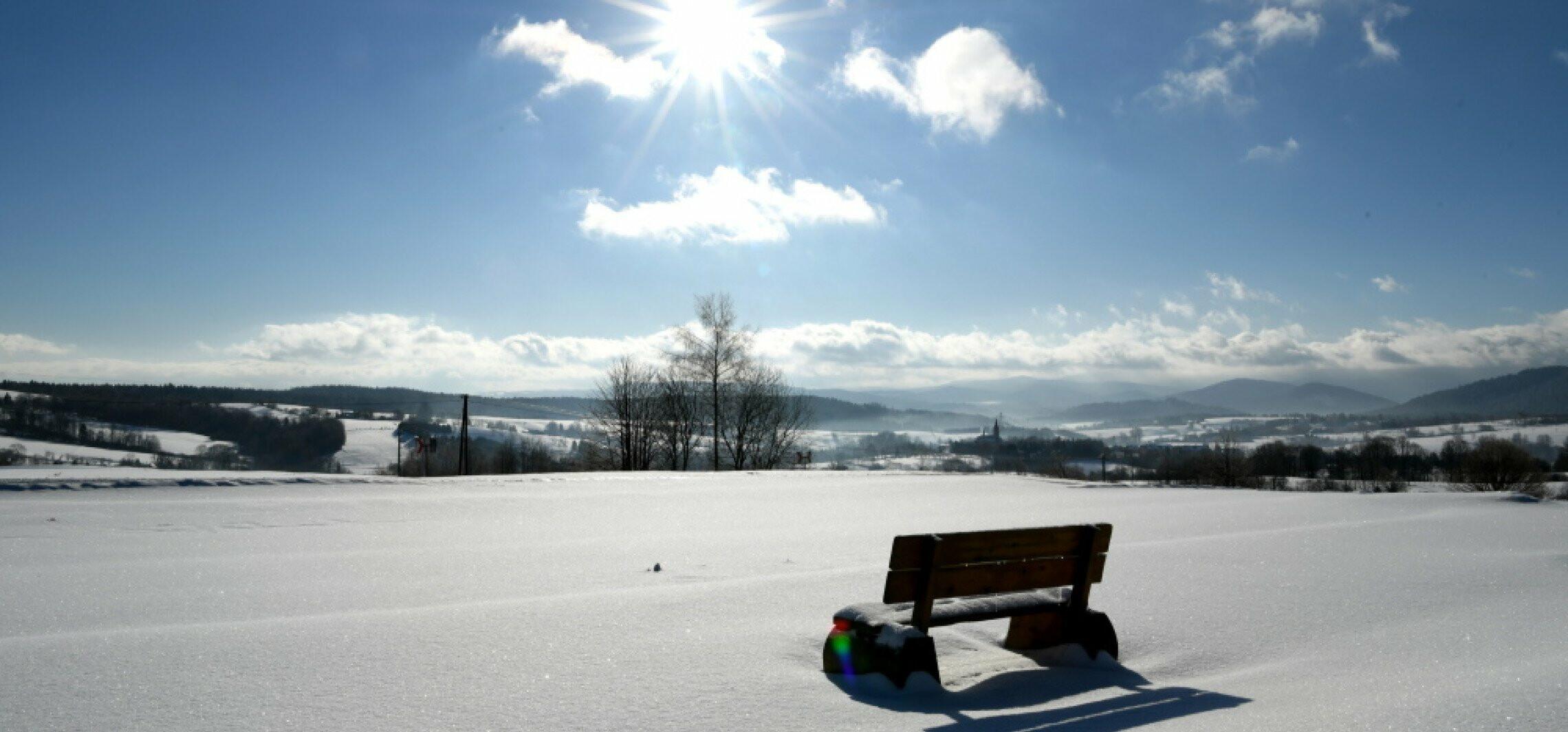 Kraj - Synoptyk IMGW: napływ ciepłego powietrza z zachodu będzie powodował topnienie śniegu; w nocy będzie zamarzać