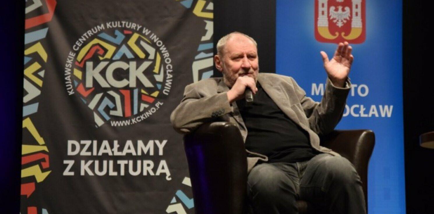 """Inowrocław - Popularny """"Ferdek"""" pojawił się w teatrze miejskim"""