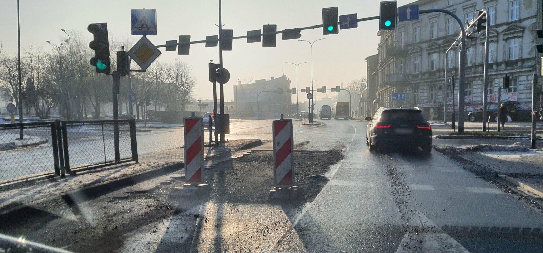 Uwaga kierowcy. Zwężenie na ulicy Dworcowej