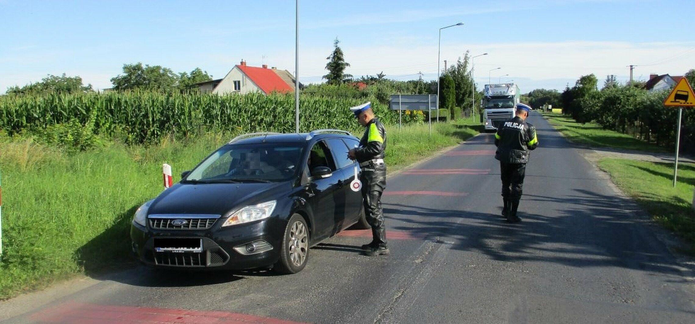 Janikowo - Policja na przejeździe kolejowym