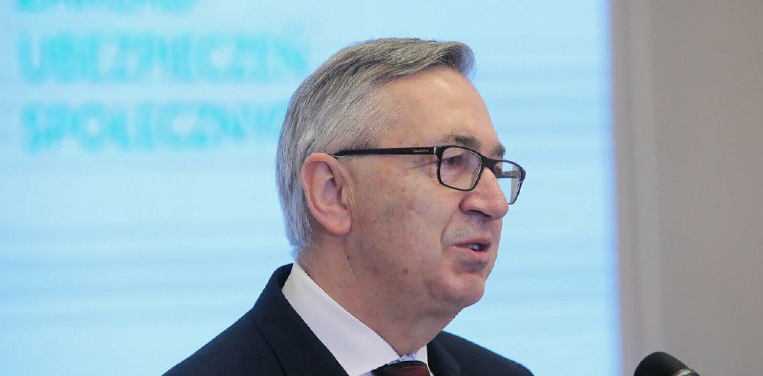 Kraj - Szwed o oskładkowaniu umów zlecenia: żadne decyzje nie zostały jeszcze podjęte