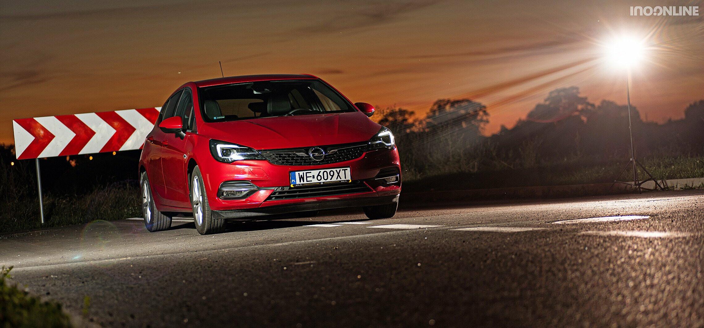 Nowy Opel Astra i silnikowa rewolucja